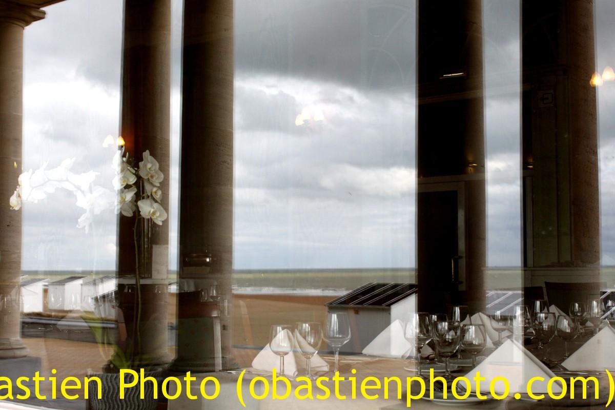 REFLECT N°33